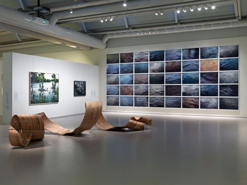 Installation view with Richard Deacon (1949), Stefan Kroner (1973), Roni Horn (1955) and Tjebbe Beekman (1972) in Cobra Museum for Modern Art
