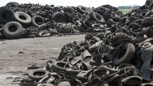 Waste tyres contain a significant amount of valuable high quality carbon black. Black Bear has developed a sustainable solution that recovers high quality carbon black from waste tyres, which prevents the pollution caused by production of carbon black